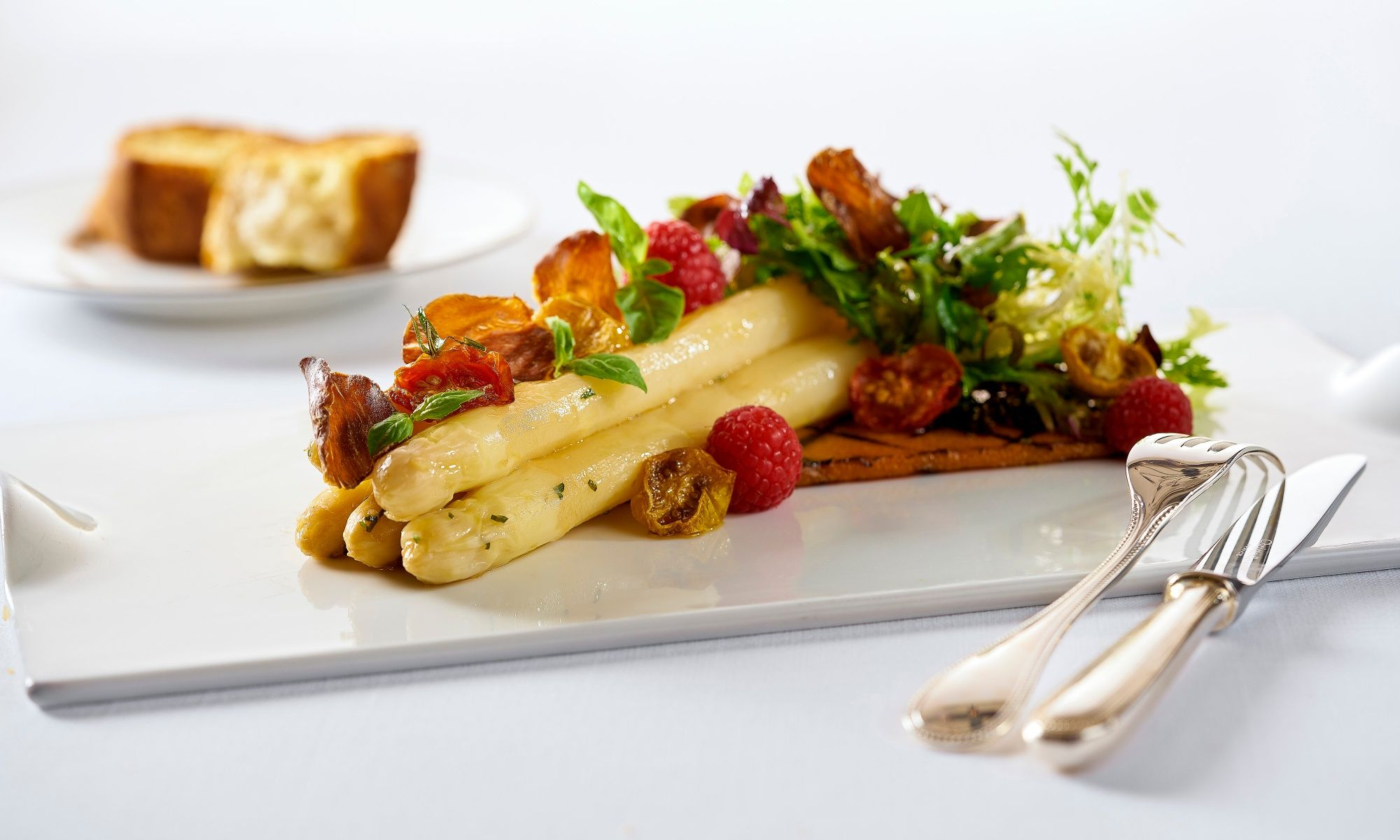 Hugo's Presents White Asparagus Delights From Germany