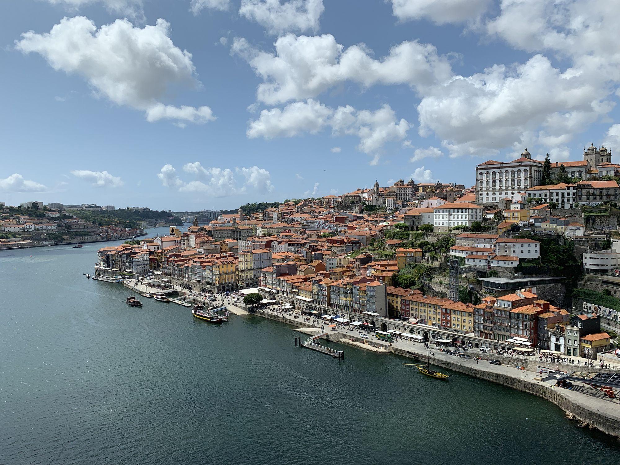 葡萄牙波多饕客指南:除了喝不完的美酒,更別錯過溼答答三明治!