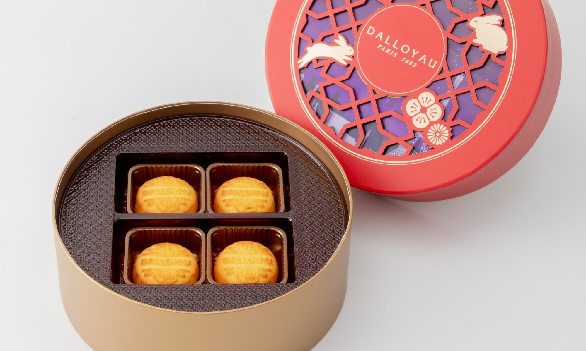 Dalloyau Launches Artisanal Egg Custard Mooncakes