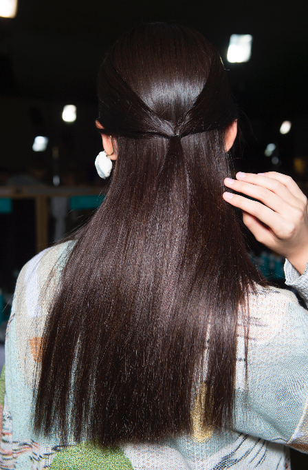 How To Pull Off The Sleek Hair Trend This Summer