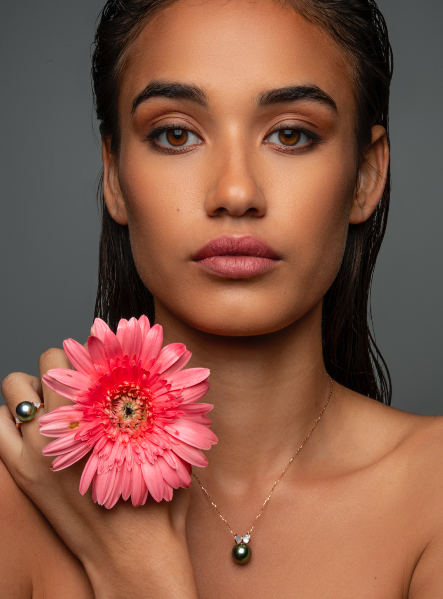 Nacrée necklace  and ring in rose gold and mother of pearl  set with Tahitian pearls and diamonds, by Robert Wan. (Photo: Courtesy of Robert Wan)