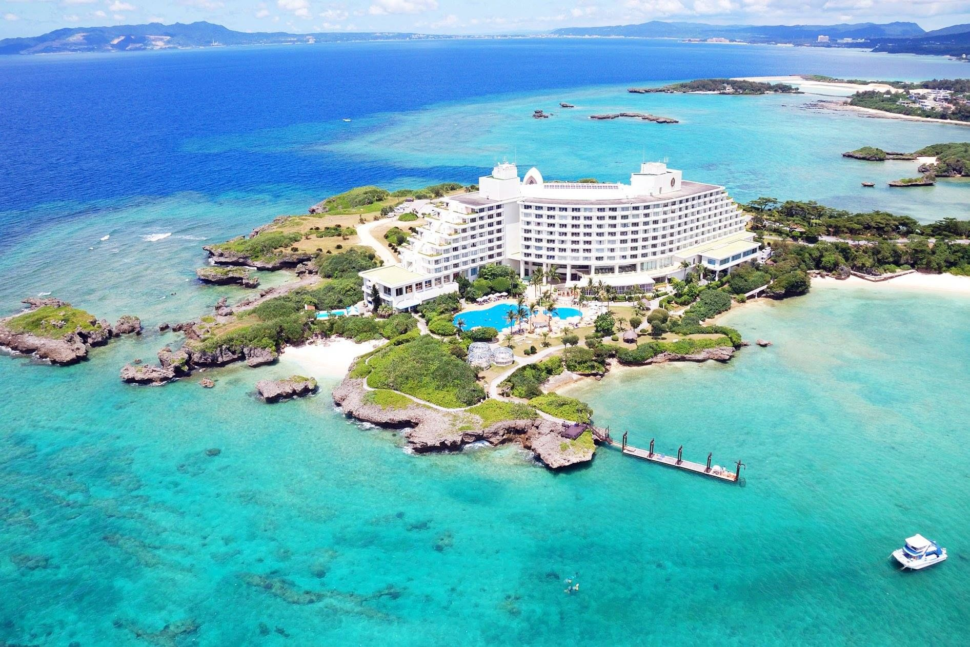7 Best Luxury Beach Resorts In Okinawa