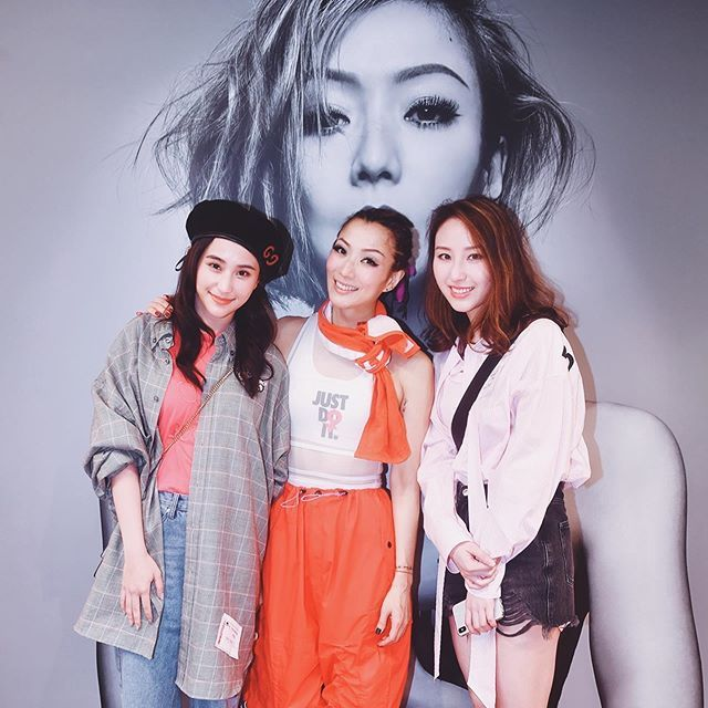 10 Best Tatlergrams: Laurinda Ho And Sister Florinda Ho Meet Hong Kong Pop Queen Sammi Cheng