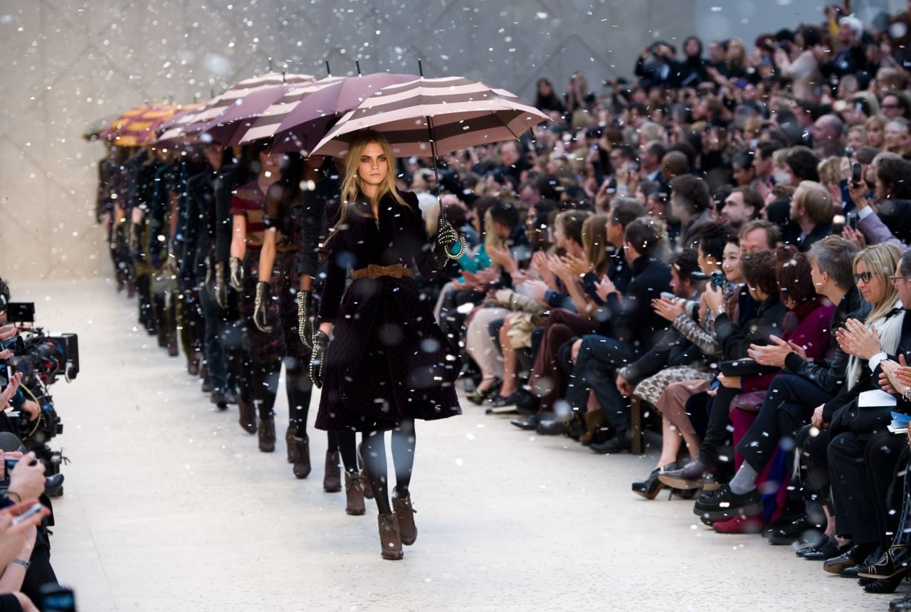 LONDON, ENGLAND - FEBRUARY 20: Models walk the runway during the Burberry Prorsum show at London Fashion Week Autumn/Winter 2012 at Kensington Gardens on February 20, 2012 in London, England.  (Photo by Ian Gavan/Getty Images) *** Local Caption ***
