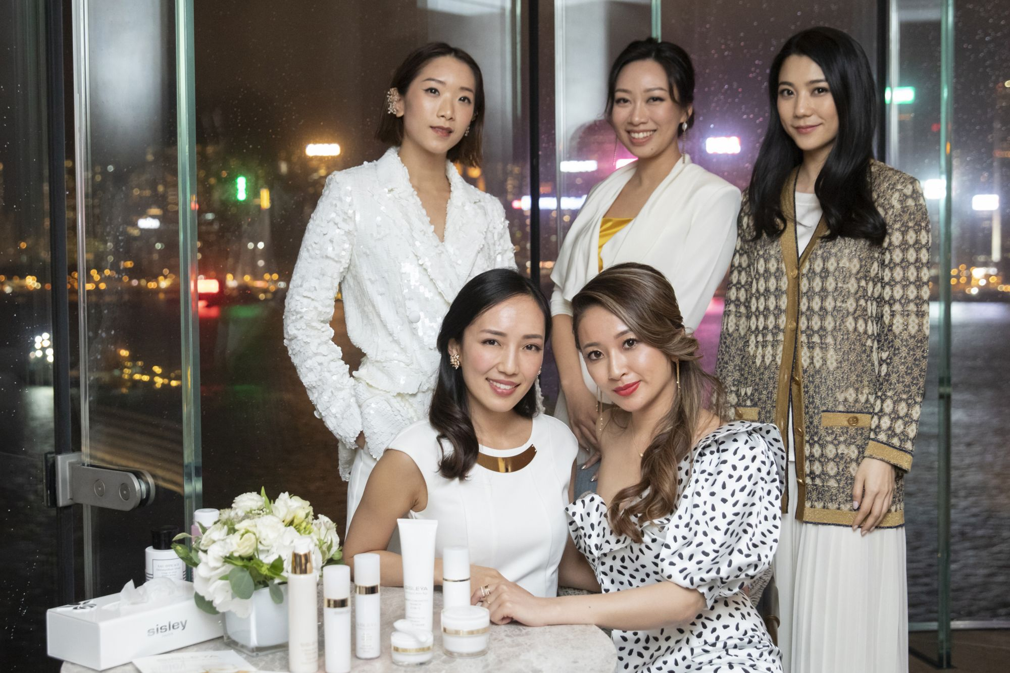 Veronica Li, Veronica Lam, Vincy Yeung, Christine Fok, Sarah Zhuang