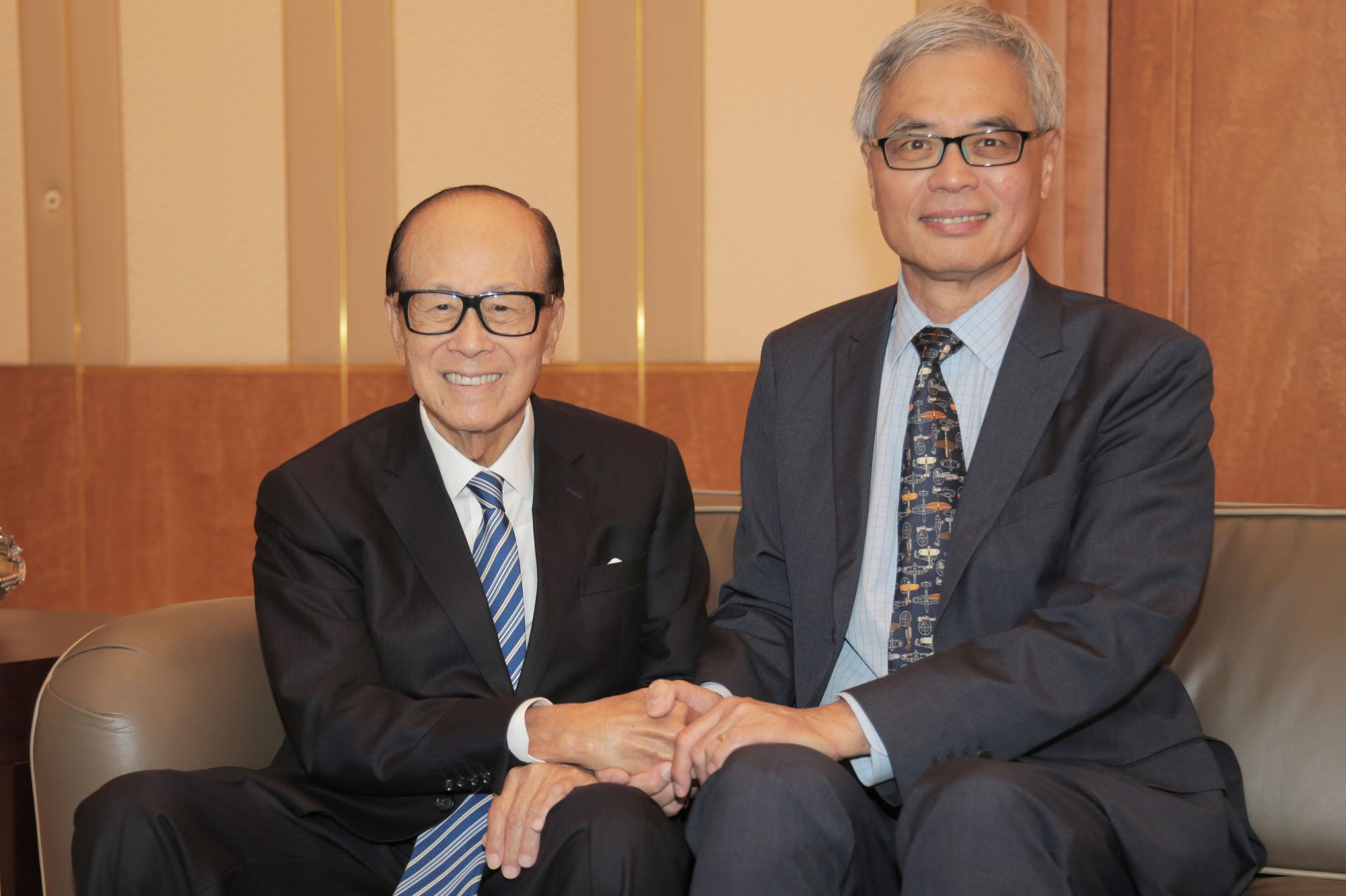 Li Ka-shing Donates HK$500 million To Hong Kong University For New Biology Research Lab