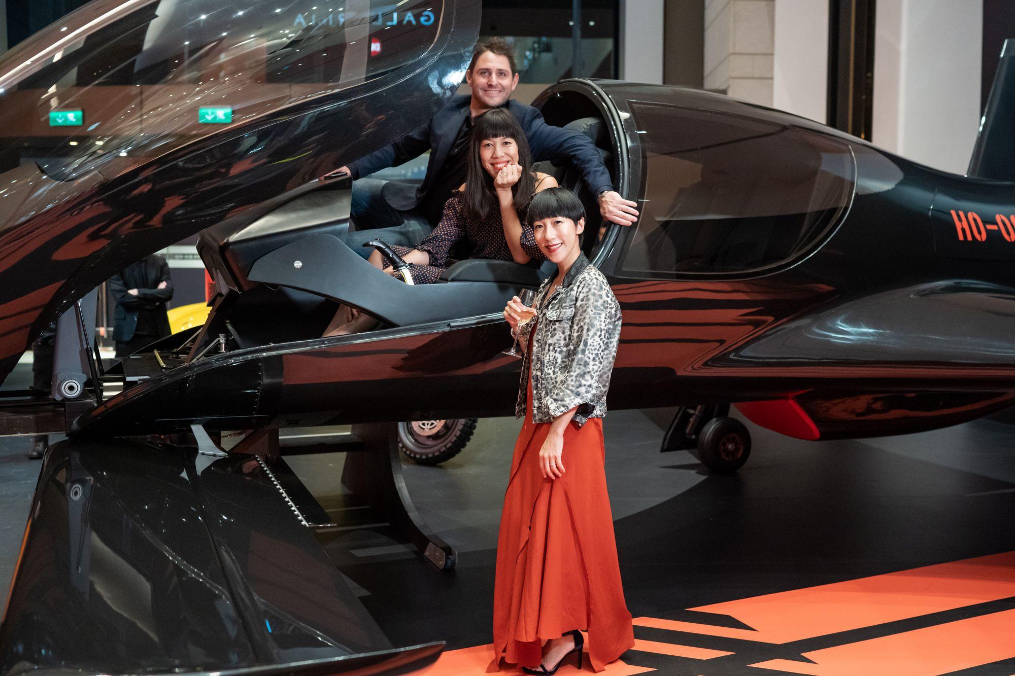 Thierry Mandonnaud, Ingrid Chen-Mandonnaud, Denise Ho