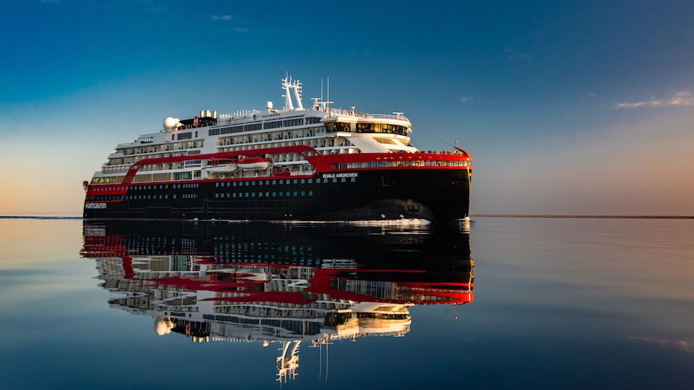 MS Roald Amundsen (photo courtesy Press Hurtigruten)