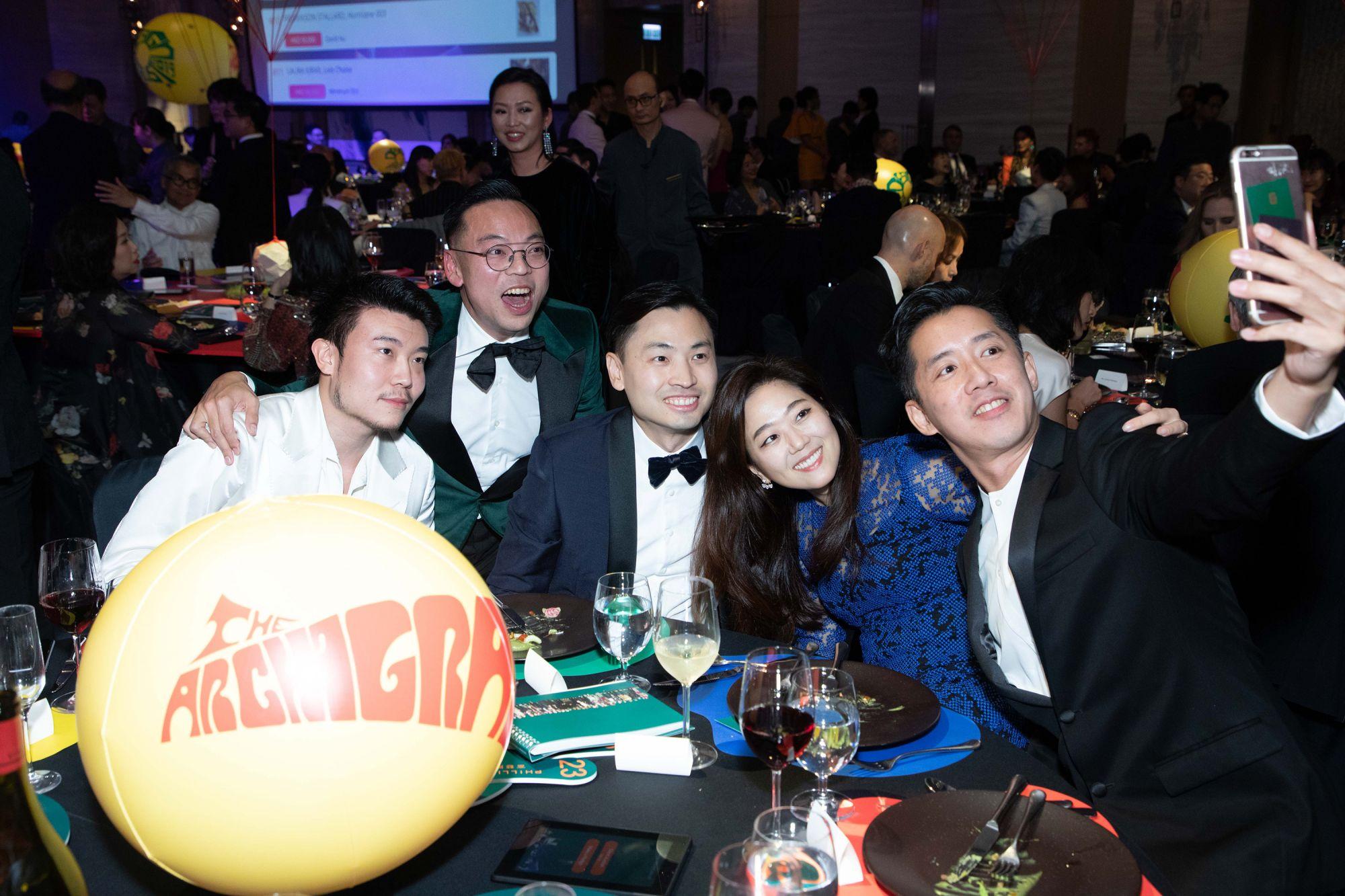 Michael Xufu Huang, Alan Lo, Honus Tandijono, Bo Young Song, André Fu