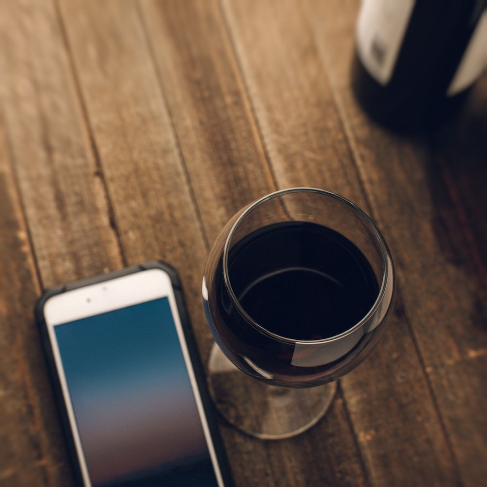 The best wine apps to use in Asia (photo: Getty Images)