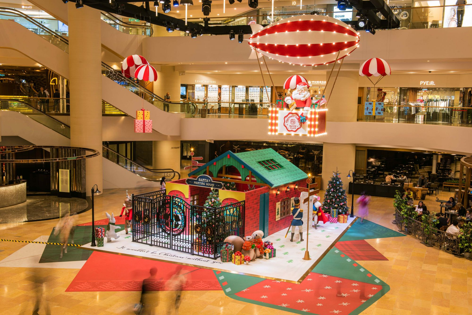 Have A Heart-Warming Christmas At Pacific Place