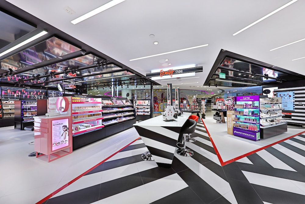Sephora opens its second Hong Kong location at Windsor House in Causeway Bay (photo courtesy Sephora)