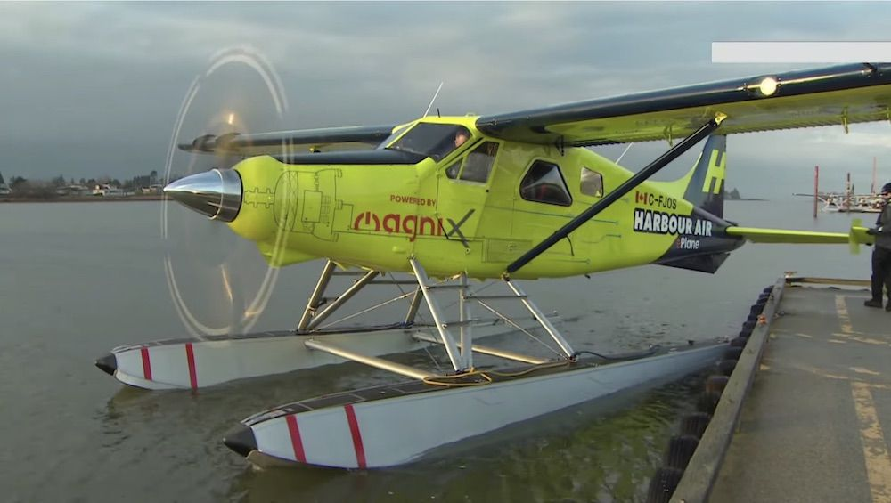The first all-electric seaplane takes off in Canada (photo: YouTube)
