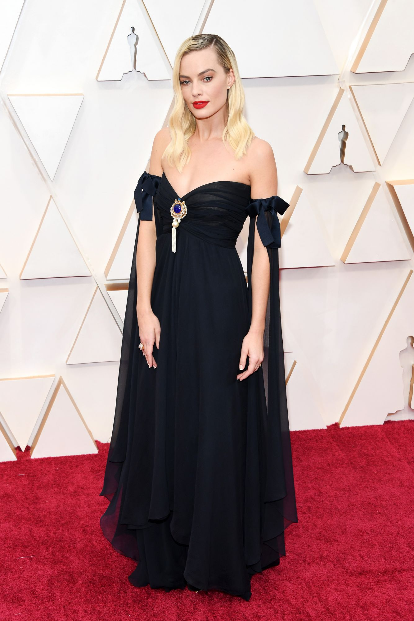 HOLLYWOOD, CALIFORNIA - FEBRUARY 09: Margot Robbie attends the 92nd Annual Academy Awards at Hollywood and Highland on February 09, 2020 in Hollywood, California. (Photo by Kevin Mazur/Getty Images)