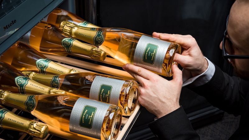 Roganic and Aulis Hong Kong Launch A Special Wine Menu For International Women's Day