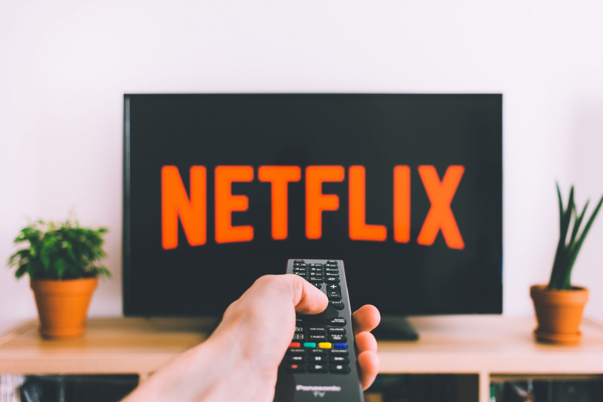 "New ""Netflix Party"" Extension Allows You To Have Movie Nights With Friends Remotely"
