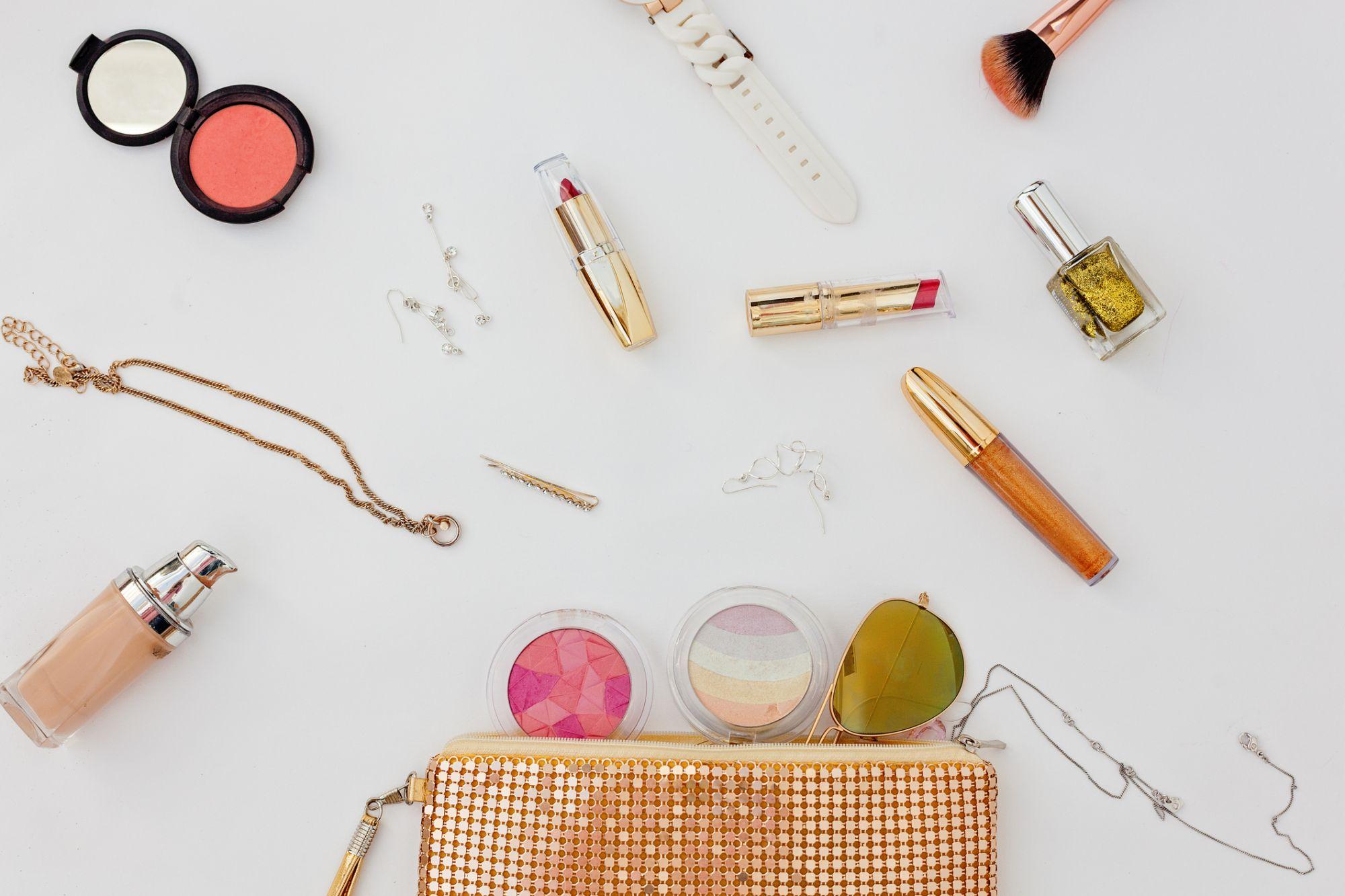 Editor's Picks: Our Must-Have Handbag Beauty Essentials
