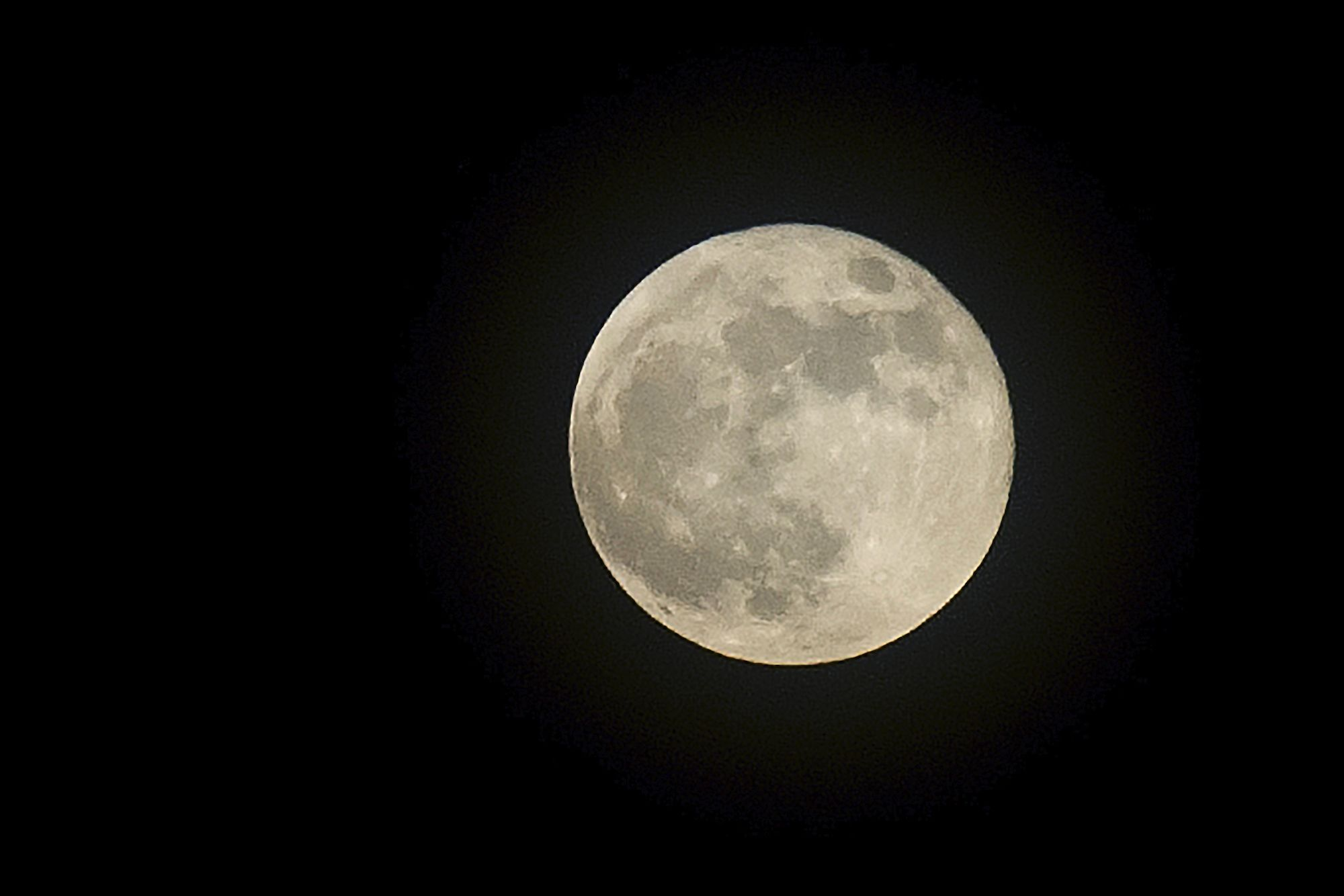 The Biggest Supermoon Of The Year Will Be On Full Display Next Week