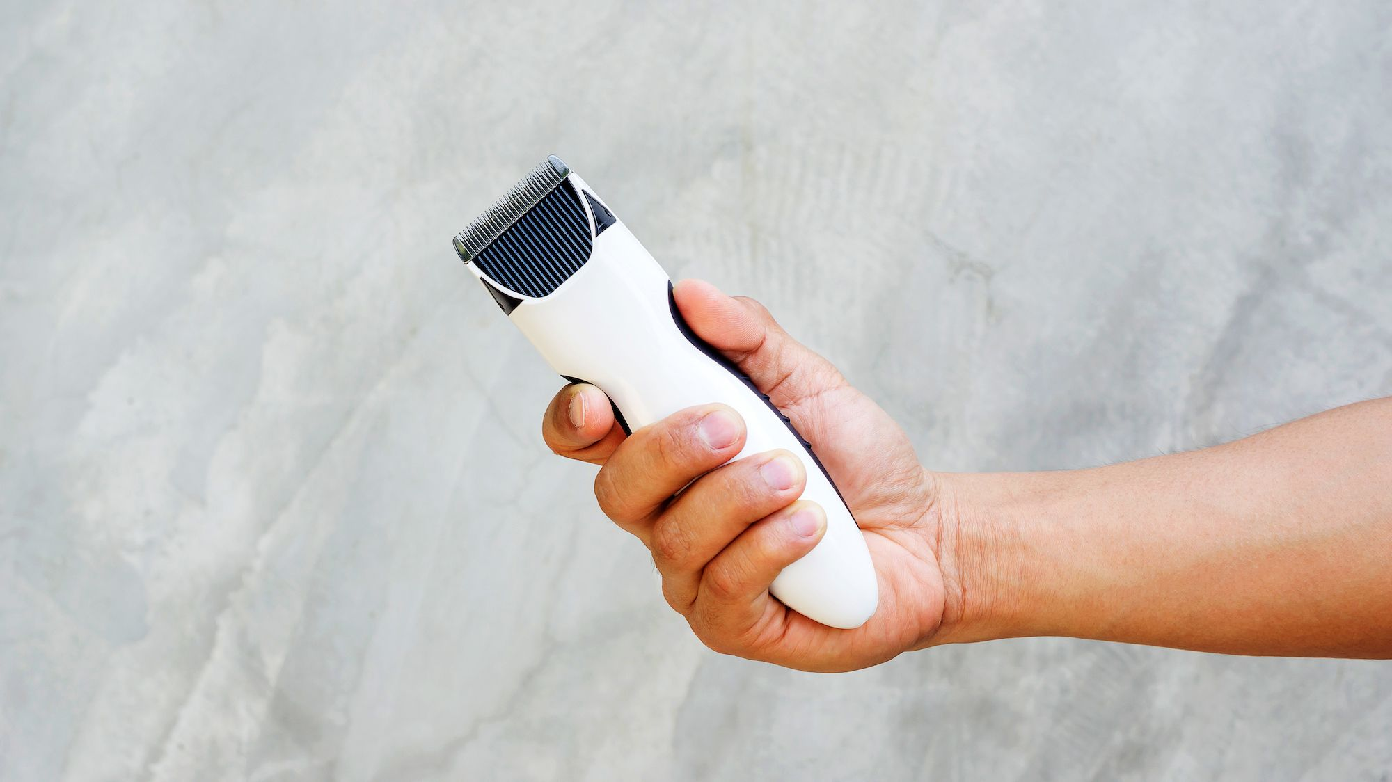 How To Cut Men's Hair At Home: Video Tutorials