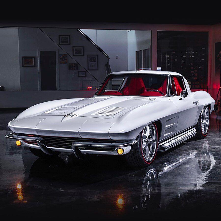 全球第一間豪車數位競標公司!75款頂級夢幻藏車現身Barrett-Jackson最新線上拍賣會