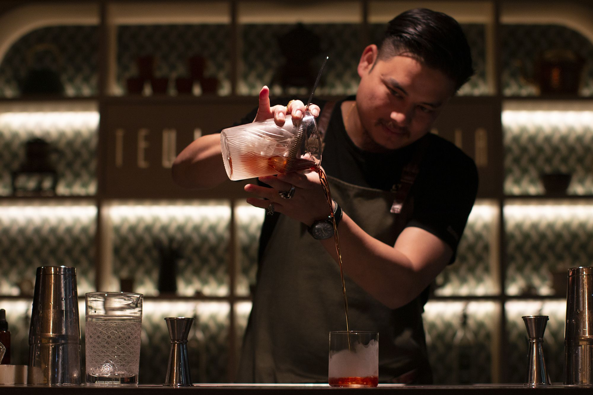 The Best Cocktail Bars In Hong Kong: 2020 Edition