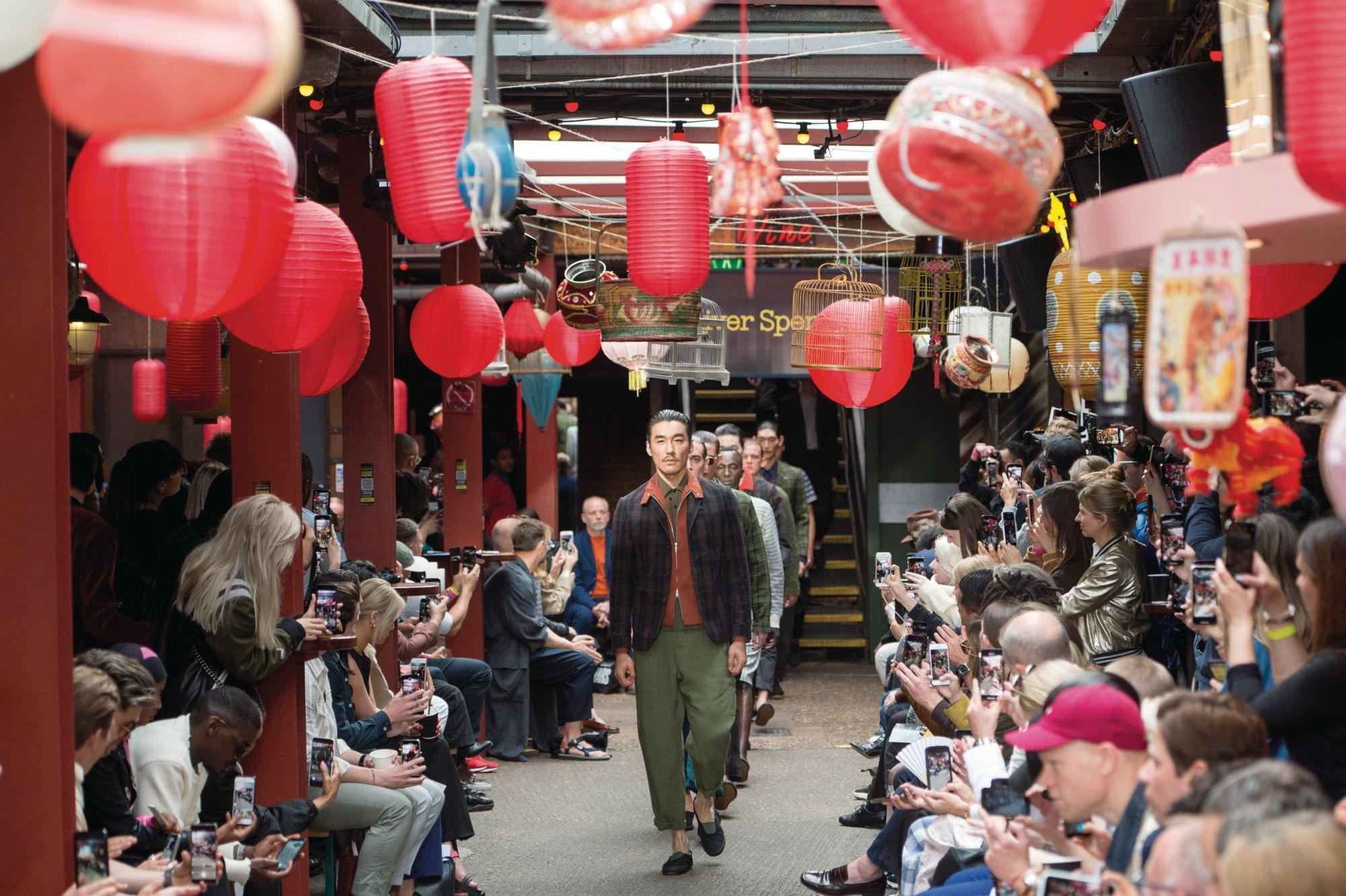 Oliver Spencer的2020年春夏服裝秀受到本片啟發