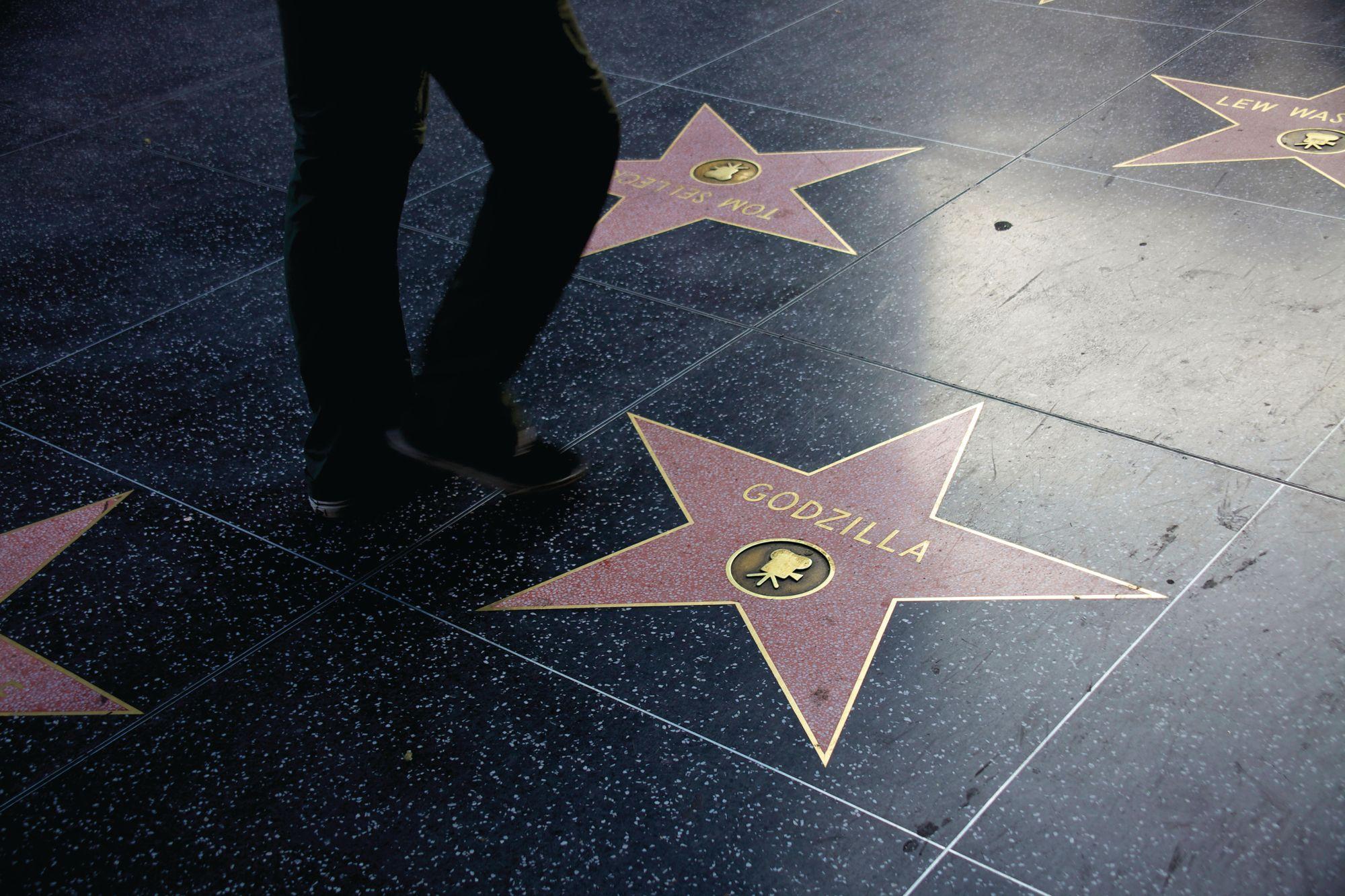 哥吉拉在好萊塢星光大道上的星星 (Photo: Alamy/Argus Illustrated)