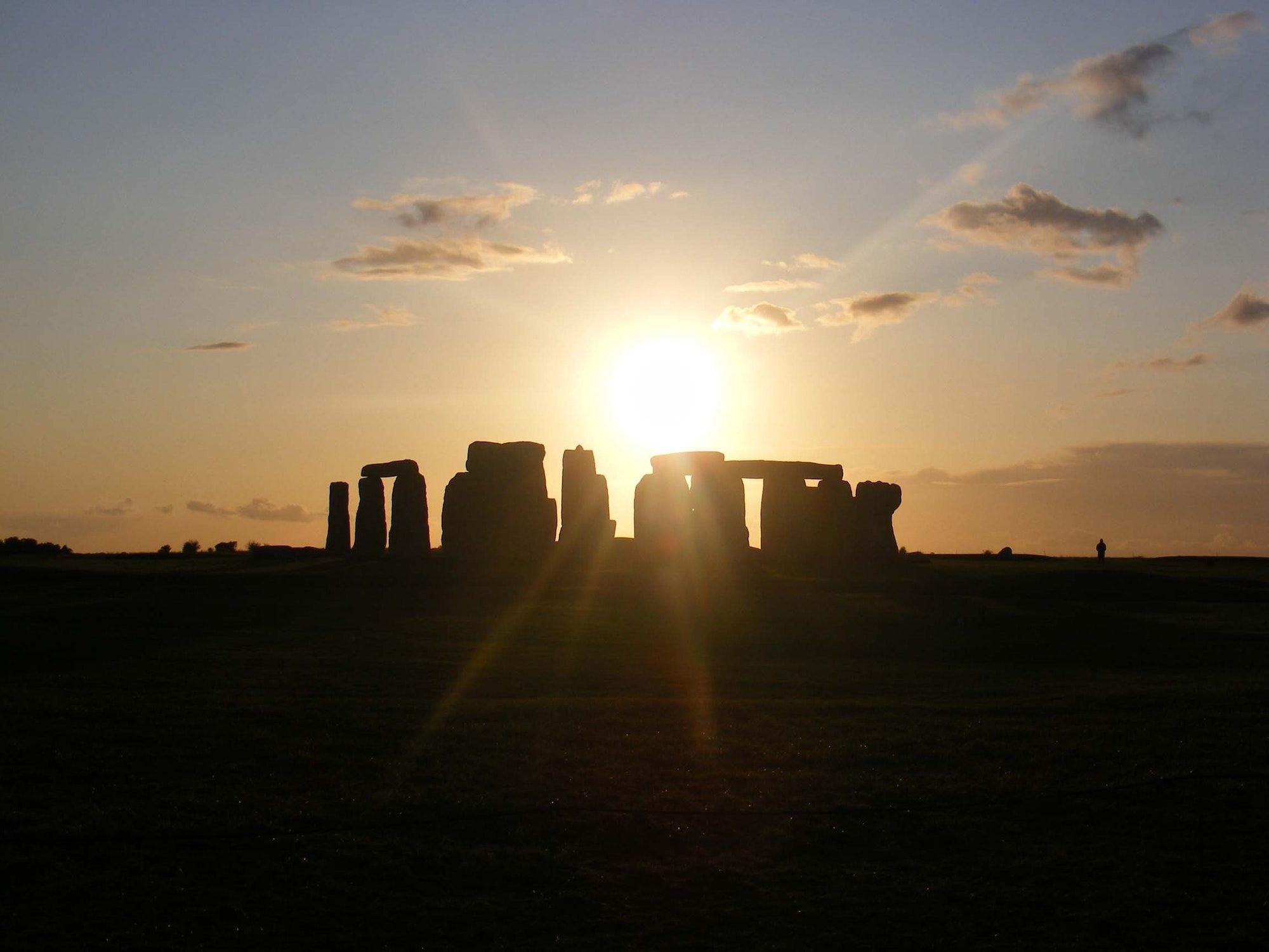 stonehenge is set to livestream its 2020 summer solstice