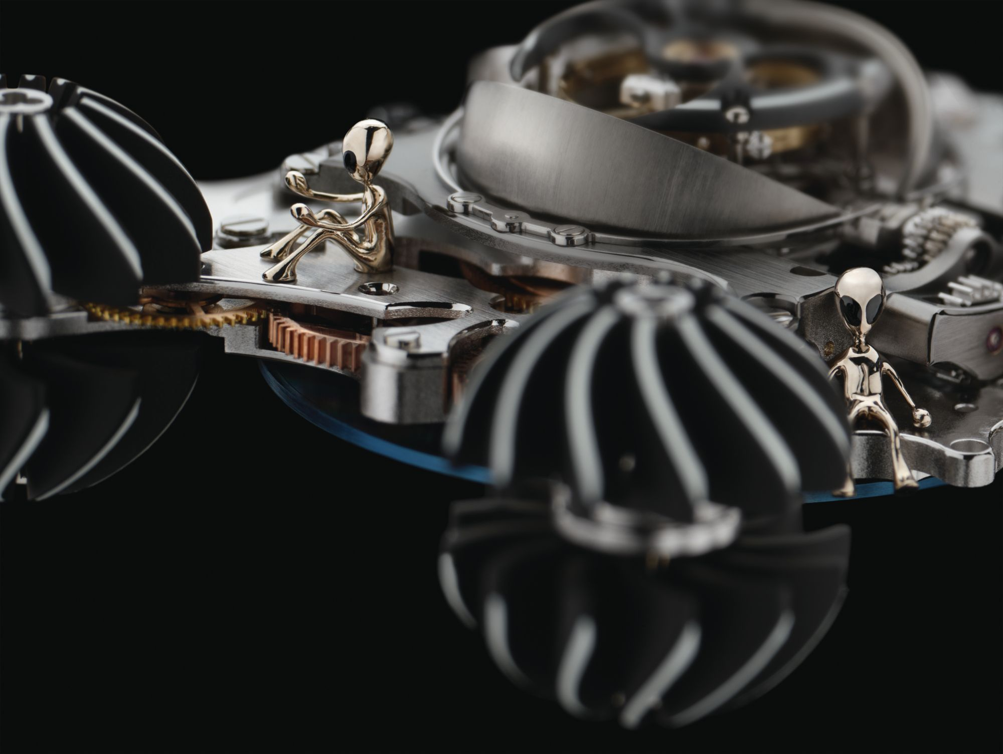 Can Tech Advances Enhance Watchmaking Without Losing the Beauty of Traditional Craftsmanship?