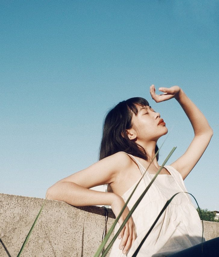 How To Protect Asian Skin From The Sun, According To Skincare Experts