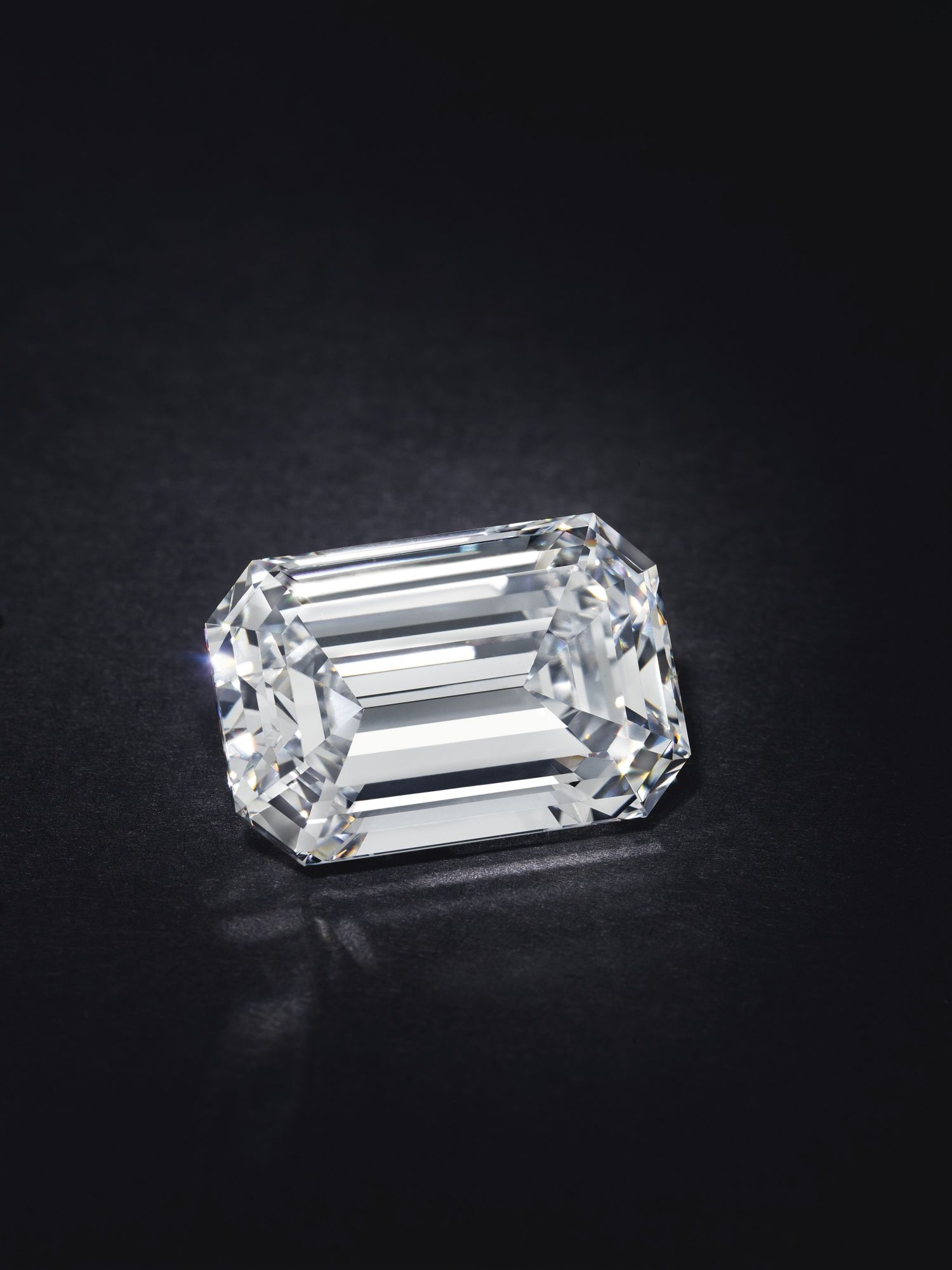 At US$2.1 Million, This Is The Most Expensive Diamond Ever Auctioned Online