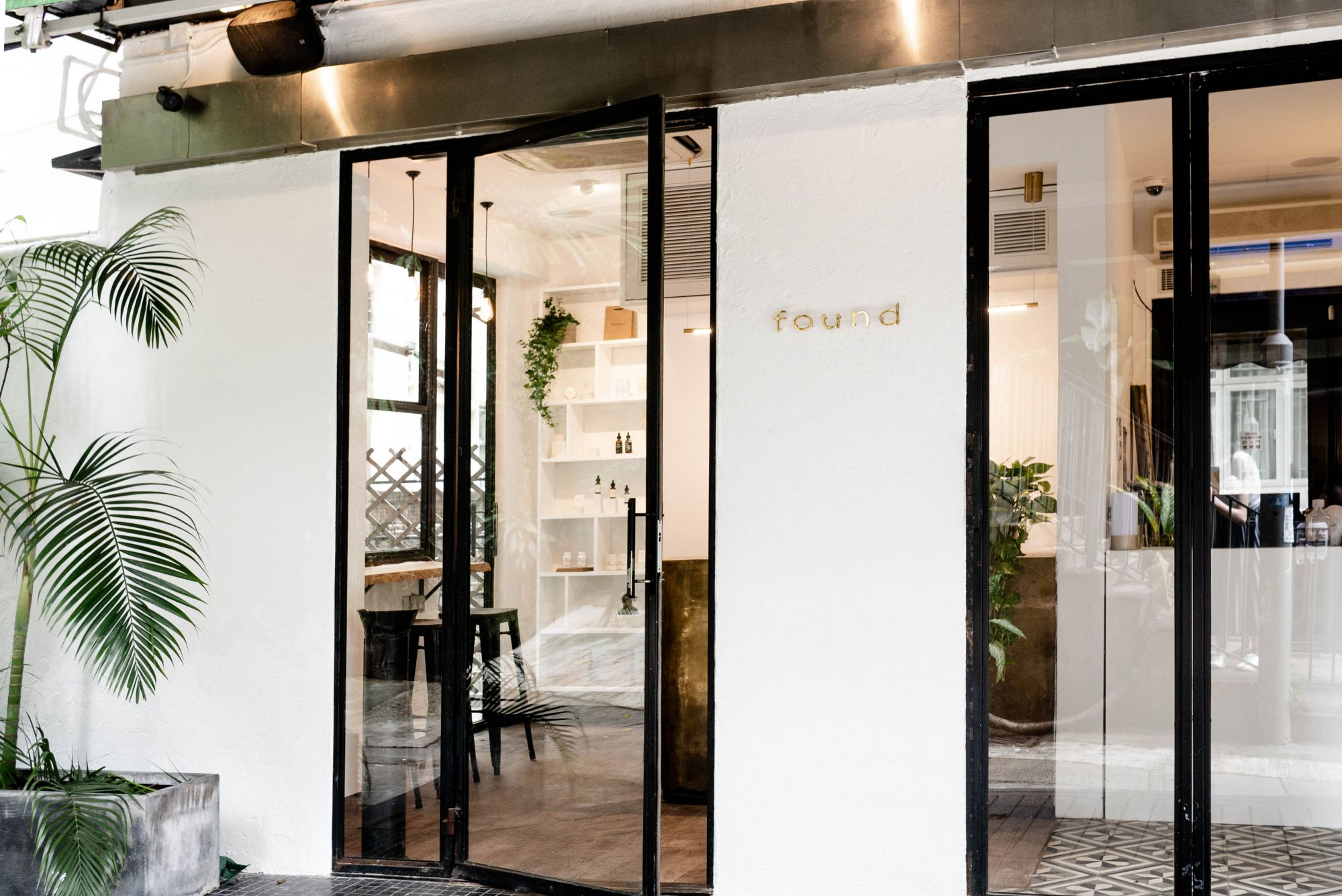 Hong Kong's First Dedicated CBD Cafe and Boutique Opens in Sheung Wan