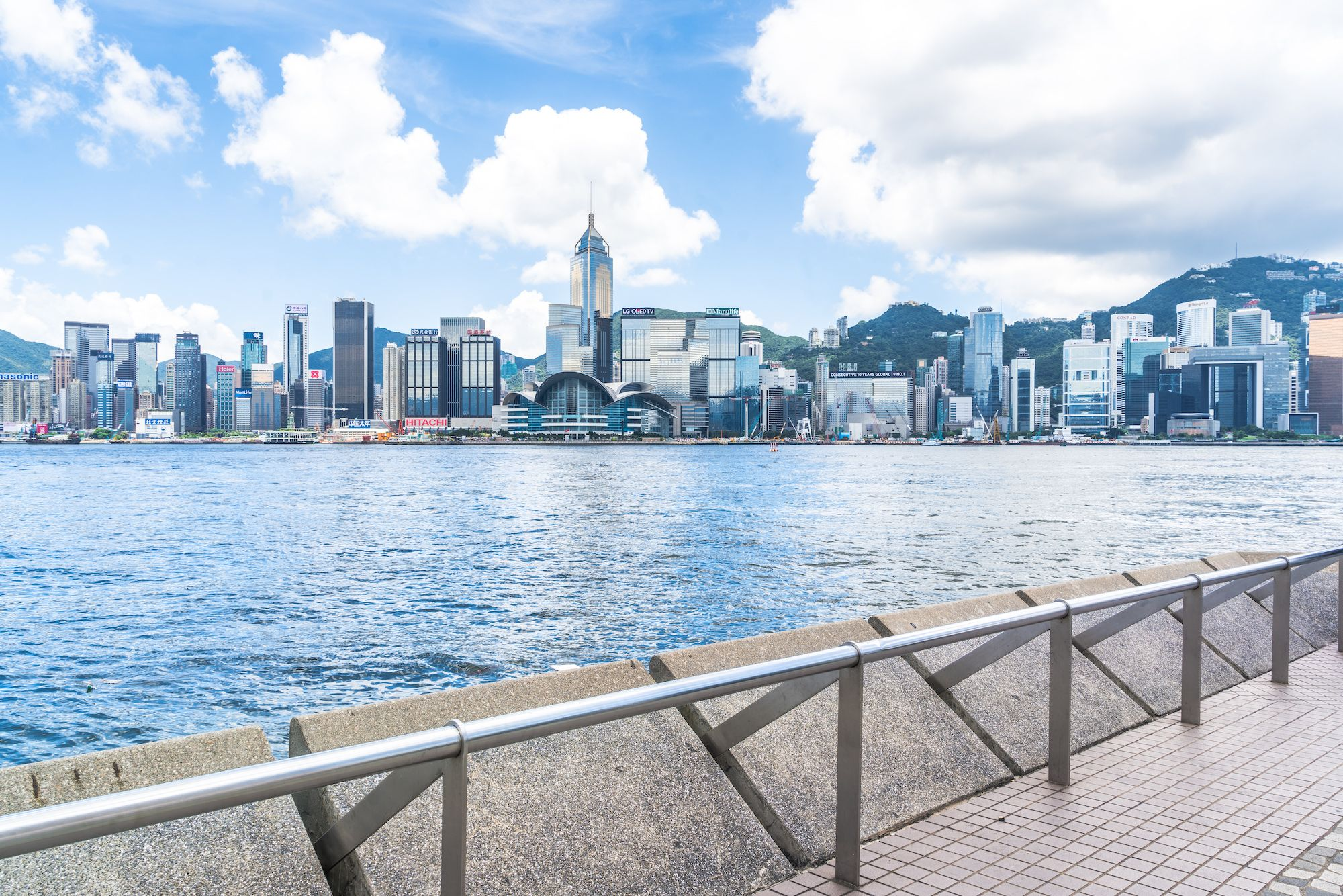 8 Running Trails In Hong Kong For Your Next Outdoor Workout