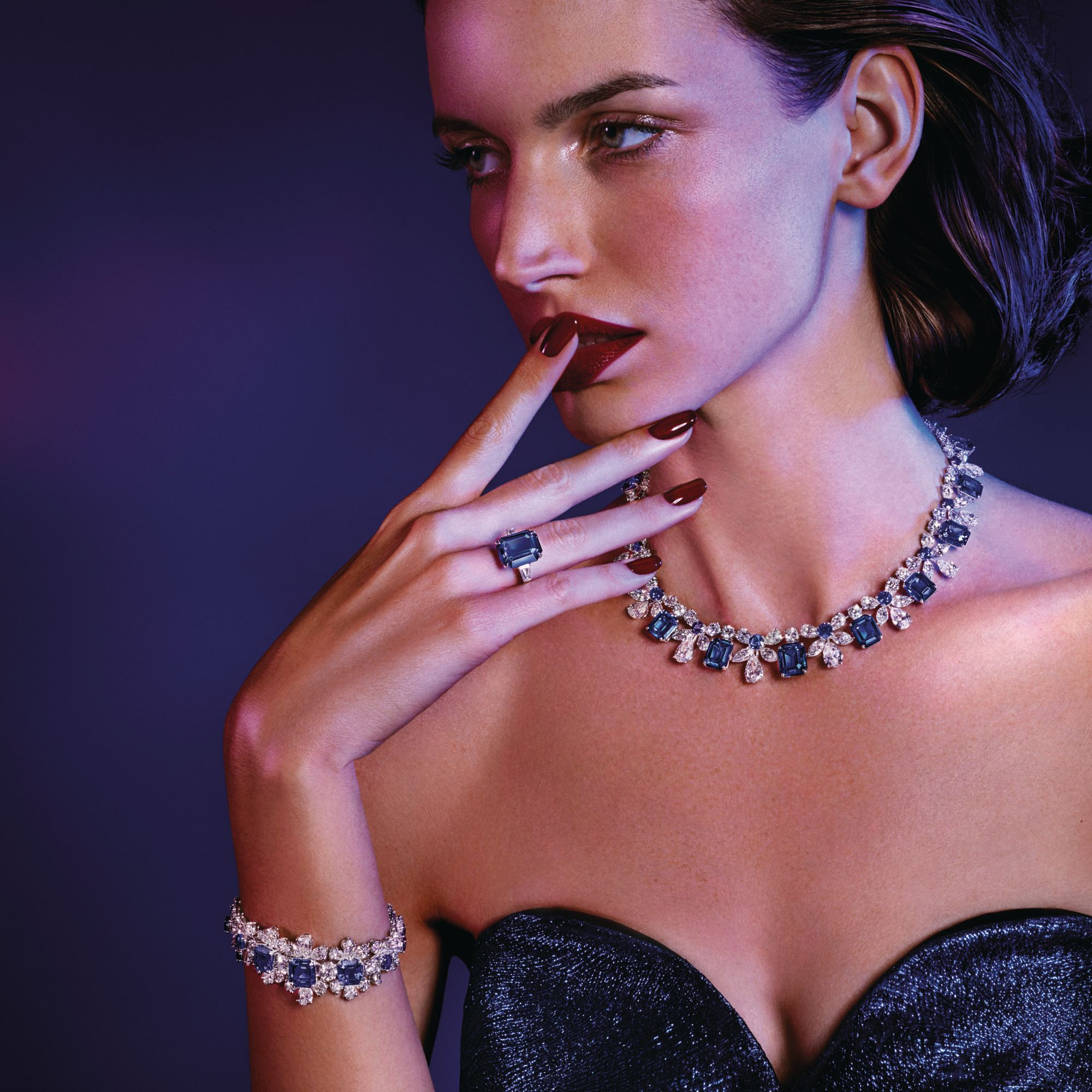 Necklace, bracelet and ring in white gold and platinum set with sapphires and diamonds by Graff