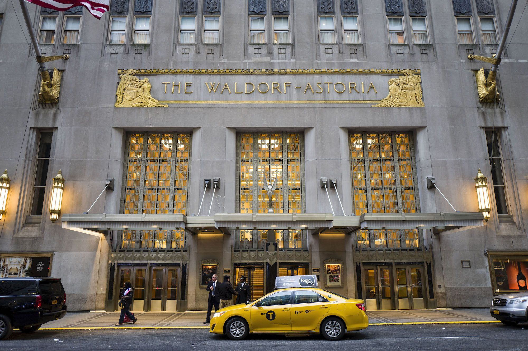 Waldorf Astoria New York To Auction Off Rare Pieces From Its Royal Suite