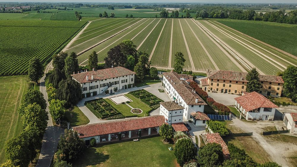 This Charming Italian Prosecco Vineyard Could Be Yours For RM56mil