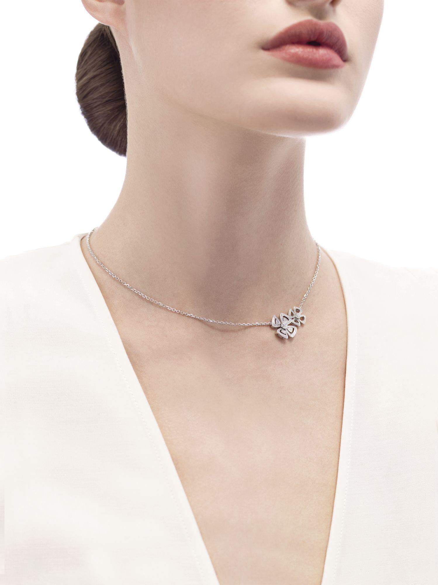 Fiorever necklace in white gold set with diamonds by Bulgari (Photo: Lapo Quagli)