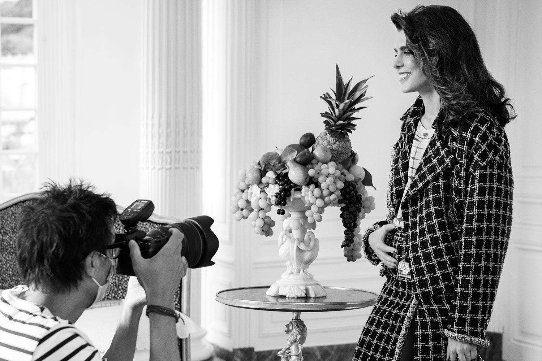 Chanel 為什麼愛她?快速認識熱愛文學、精通馬術的摩納哥王妃外孫女 Charlotte Casiraghi