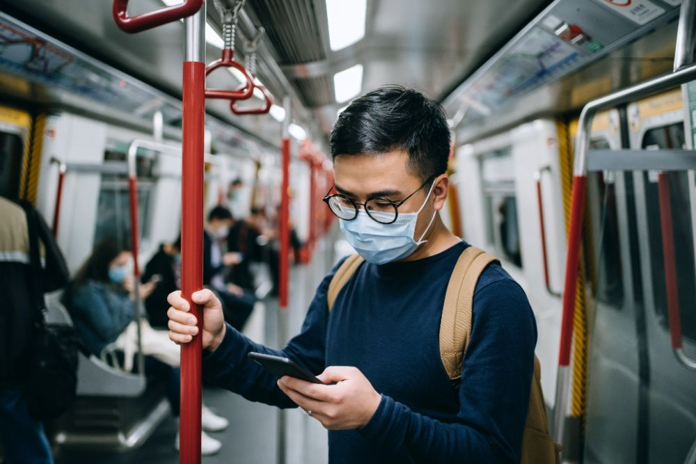 How to unlock your iPhone without taking off your face mask (photo: d3sign/Getty Images)