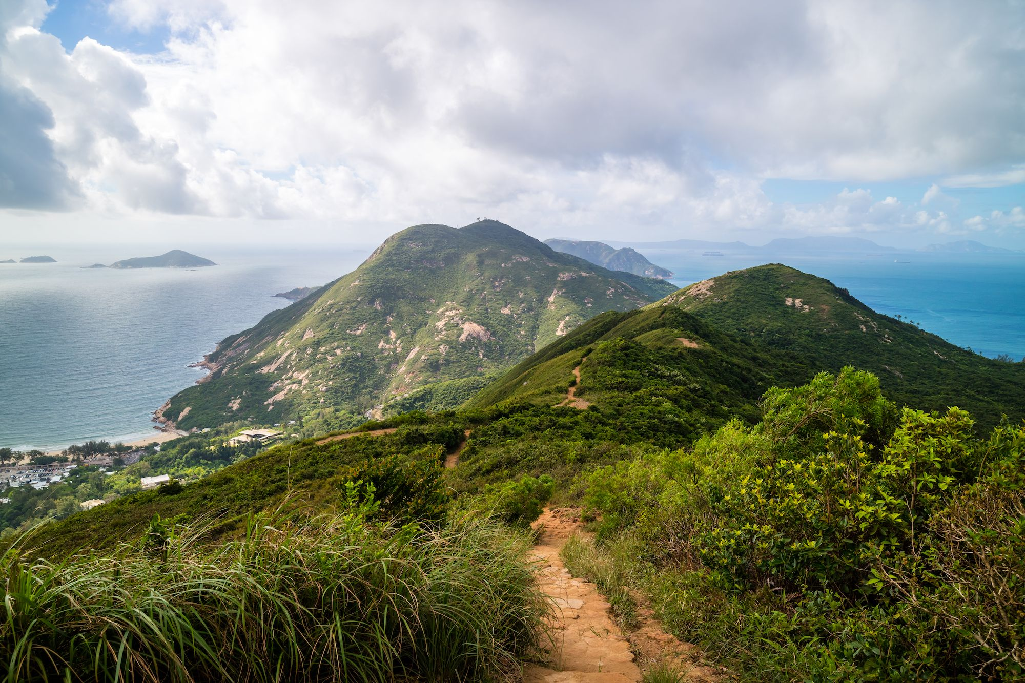 Beginner Hikes: 6 Easy Hiking Trails In Hong Kong
