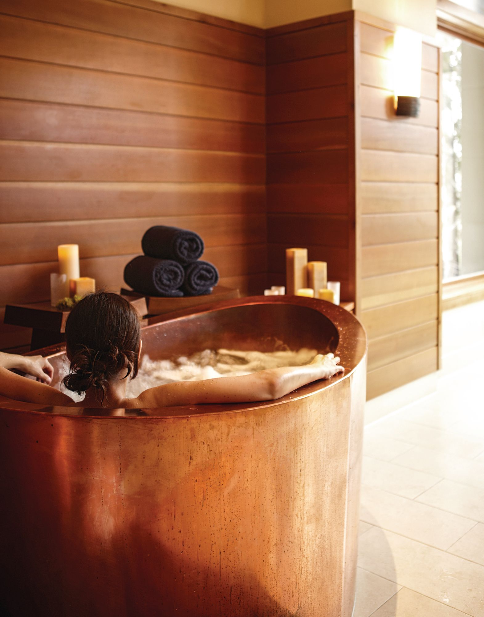 How To Create A Luxury Hotel Spa Experience At Home