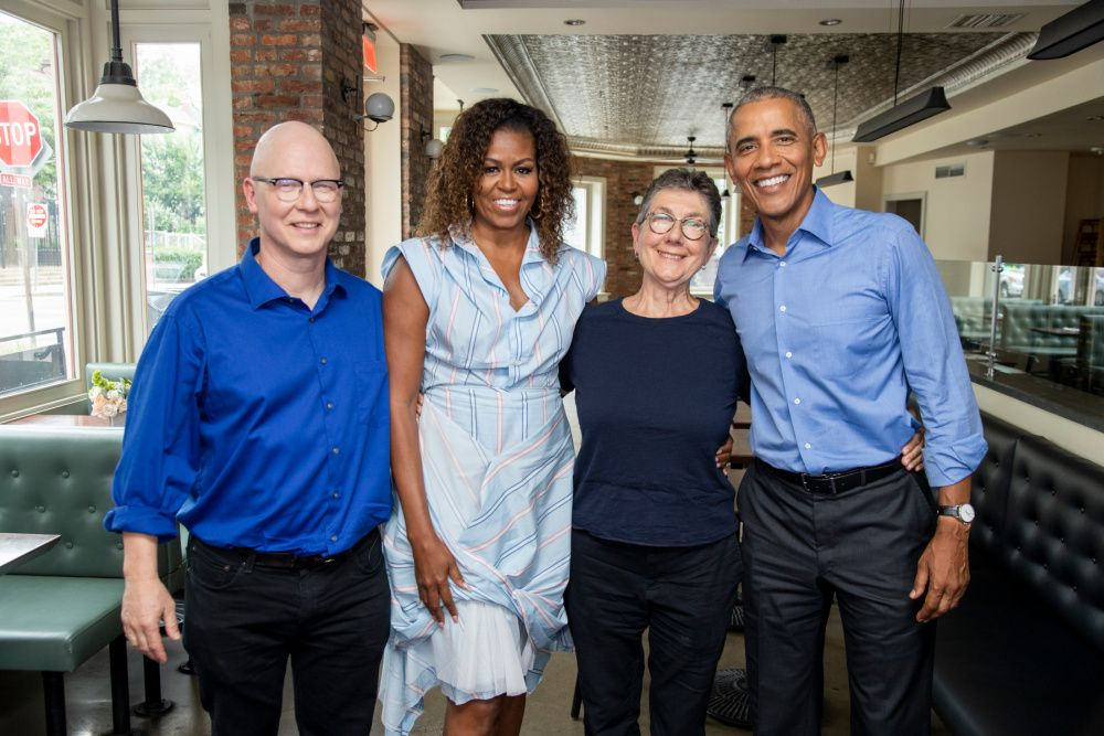 President Barack Obama and Michelle Obama of Higher Ground Productions with directors Julia Reichart and Steven Bognar of the Academy Award-winning documentary American Factory (photo: Netflix)