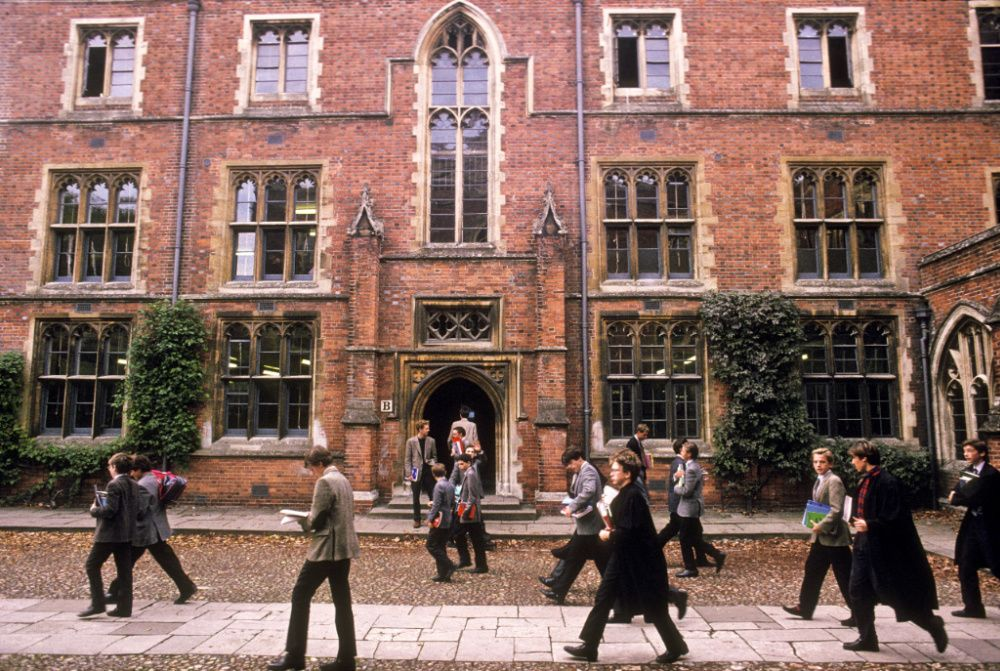 Winchester College in 1982 (Photo by In Pictures Ltd./Corbis via Getty Images)