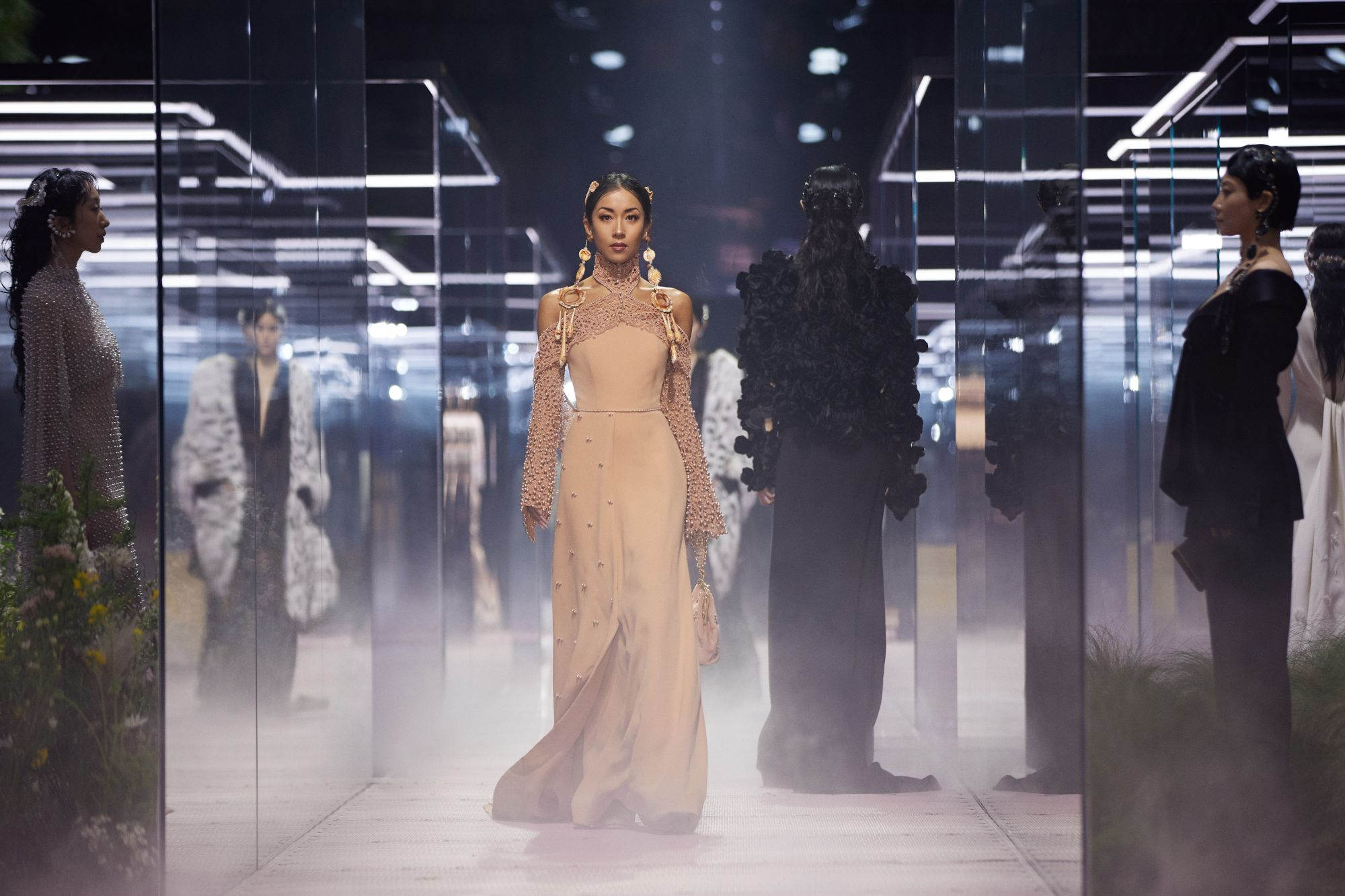 Kim Jones' Fendi Haute Couture Collection In Shanghai Pays Homage To Literature And Creativity