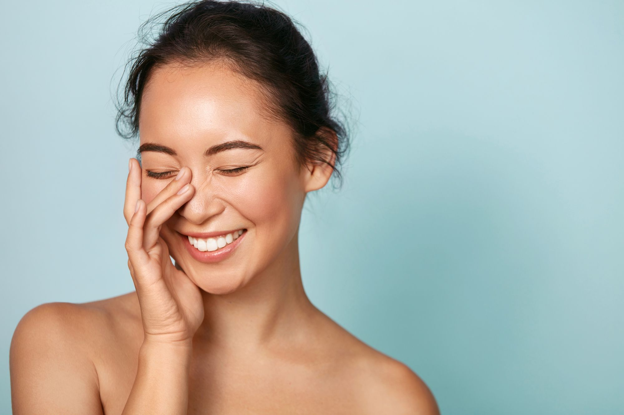 How To Care For Oily Skin––And The Mistakes To Avoid Making, According To A Dermatologist