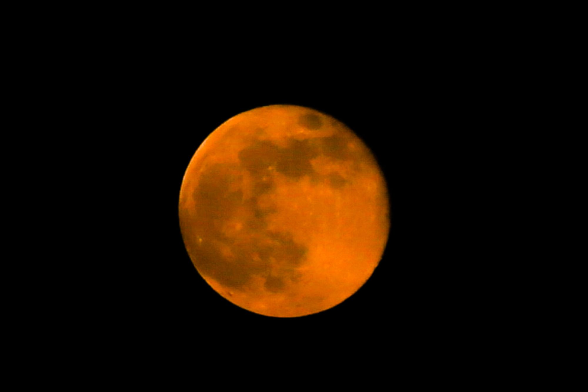 How To Spot The Pink Supermoon This April In Hong Kong