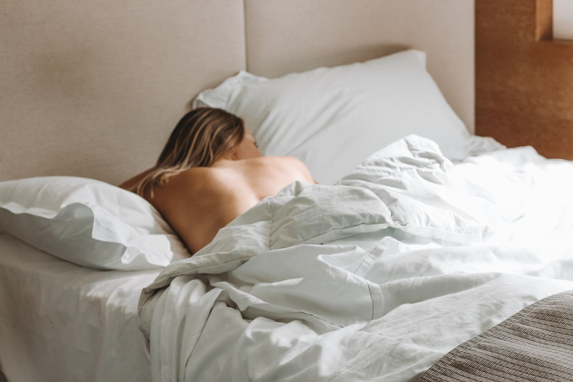 Wake Up An Hour Earlier to Improve Your Mental Health, Says New Study