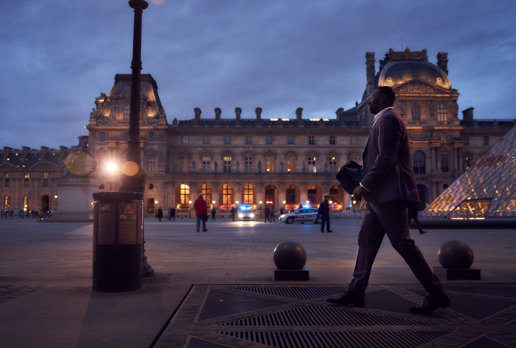 9 Popular French Shows To Watch On Netflix