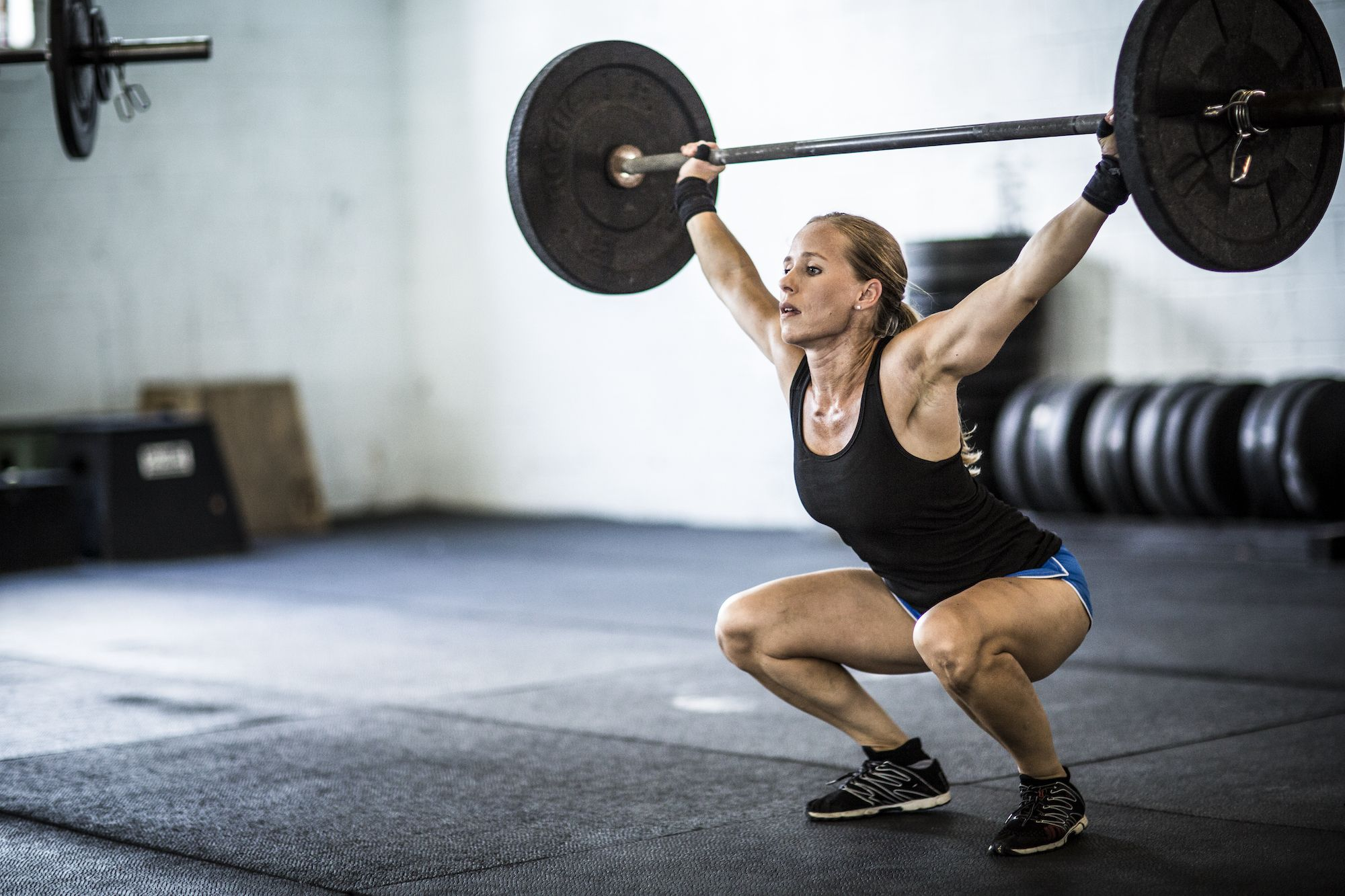 Lifting Weights May Help Prevent Obesity, New Study Confirms