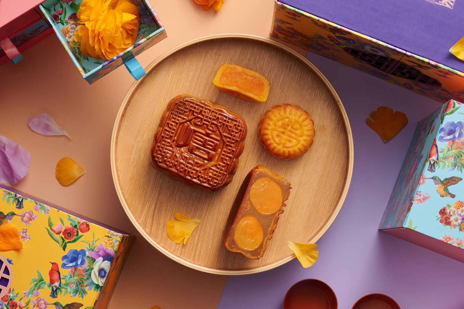 The Best Mooncakes To Try This Mid-Autumn Festival 2021